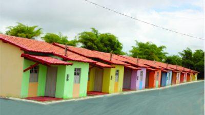 Comunidade do Socorro recebeu 34 unidades habitacionais e praça