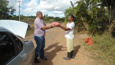 Famílias que vivem da Agricultura Familiar recebem sementes de milho