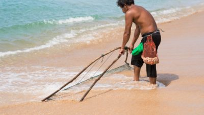 Pescadores e marisqueiras têm até o dia 31 de março para realizarem cadastro para fornecimento de pescado