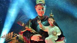 Católicos homenageiam Santo Antônio