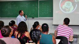 """Barraqueiros são capacitados para participar do """"Arraiá do Chico"""" 2013"""