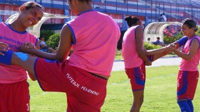 Futebol feminino: equipe joga nesta quarta (20) e precisa vencer
