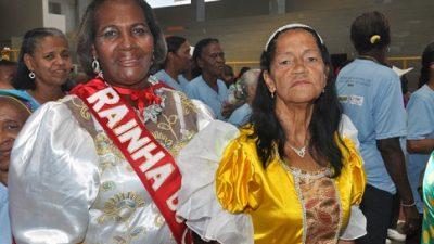 CCI promove festa de carnaval com desfile e baile dançante