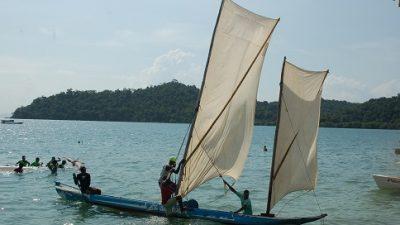 16 canoas foram premiadas na Regata de Santo Estevão