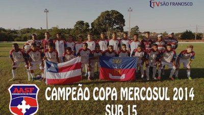 Sub-15 da Associação Atlética é campeã da Copa Mercosul 2014