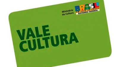 Vale-cultura promete ampliar acesso a livros, filmes e espetáculos