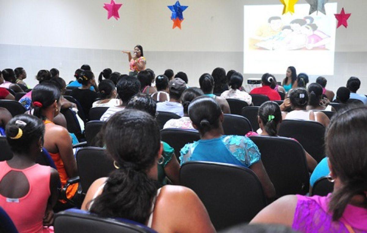 PAS discute o papel da família na educação dos filhos