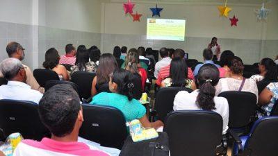 CREAS promove Café Social com apresentação de planos de ação para 2014