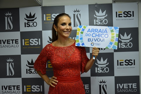 ivete arraia do chico chamada placa