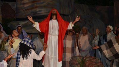 Semana Santa foi lembrada com encenação da Paixão de Cristo