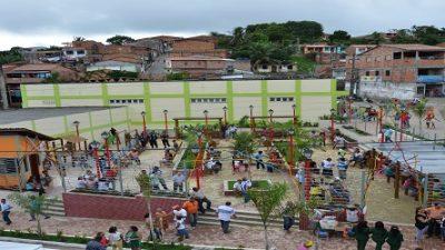 Praça Edson Martins da Fonseca Peralva foi entregue à comunidade sanfranciscana