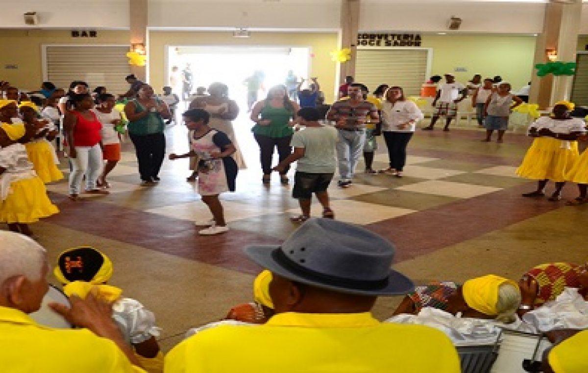 CAPS oferece serviços de saúde e apresentação de samba pelo Dia da Luta Antimanicomial