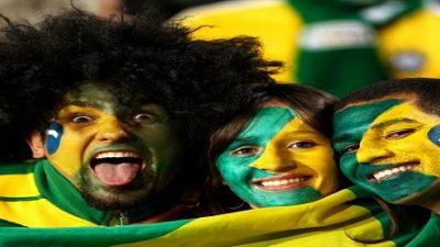 É hoje: primeiro jogo da seleção será exibido na orla com direito a Arrastão da Copa