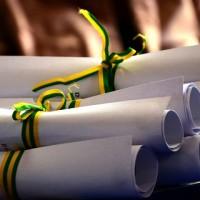 Entrega de certificados a servidores municipais acontece nesta quarta (07)