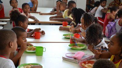 Ações que preconizam a segurança alimentar e nutricional são apresentadas em palestra
