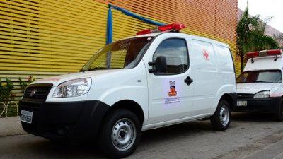 Hospital Célia Almeida Lima recebe 04 novas ambulâncias