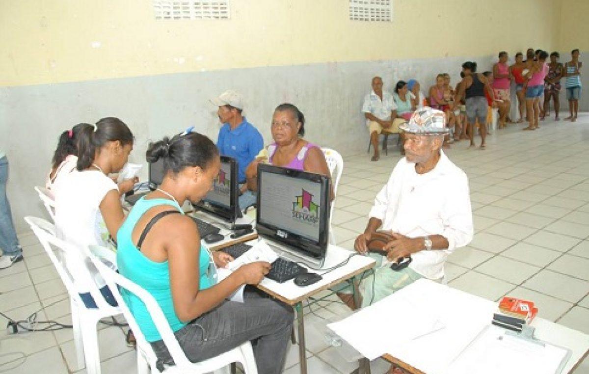 Secretaria leva cadastro de programas habitacionais à comunidade do Socorro