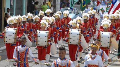 """""""Independência: um olhar sobre a participação popular"""" é tema do desfile de 7 de Setembro em São Francisco do Conde"""