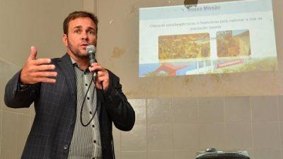 """SEDEC promoveu palestra com o tema: """"Soluções Financeiras para sua Empresa"""""""