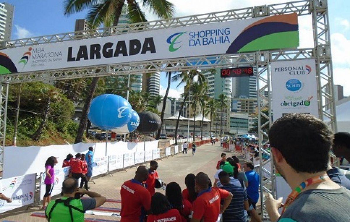 Atletas franciscanos representaram o município na Maratona de Salvador, que aconteceu no último domingo (23)