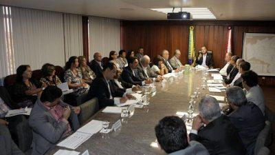 Construção da primeira policlínica da Região Metropolitana de Salvador foi anunciada pelo governador