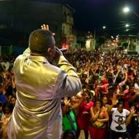 IV Cruzada Evangelista para Cristo levou centenas de fiéis as ruas