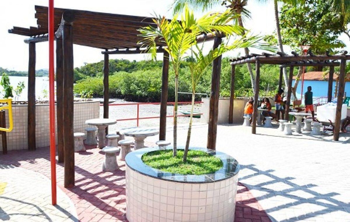 Prefeitura entregou espaço de lazer para comunidade do Coqueiro no último sábado (30)