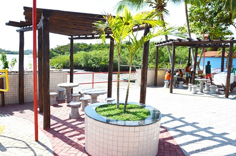 praça coqueiro 4