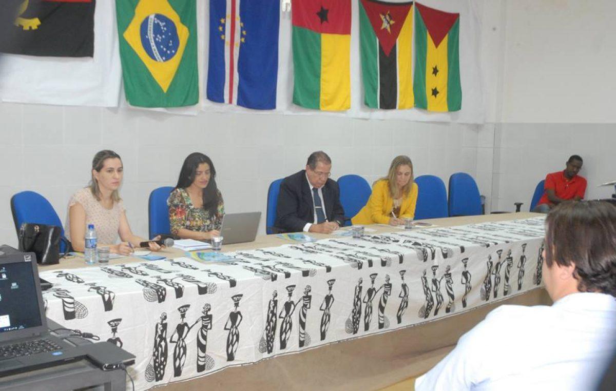 """Segundo dia do seminário """"Construção do Curso de Medicina na Unilab"""" falou sobre o projeto pedagógico e inserção regional"""