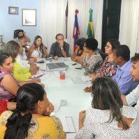 Mesa de negociações entre Prefeitura e Governo sugere mudanças para a comunidade escolar do Anna Tourinho Junqueira Ayres
