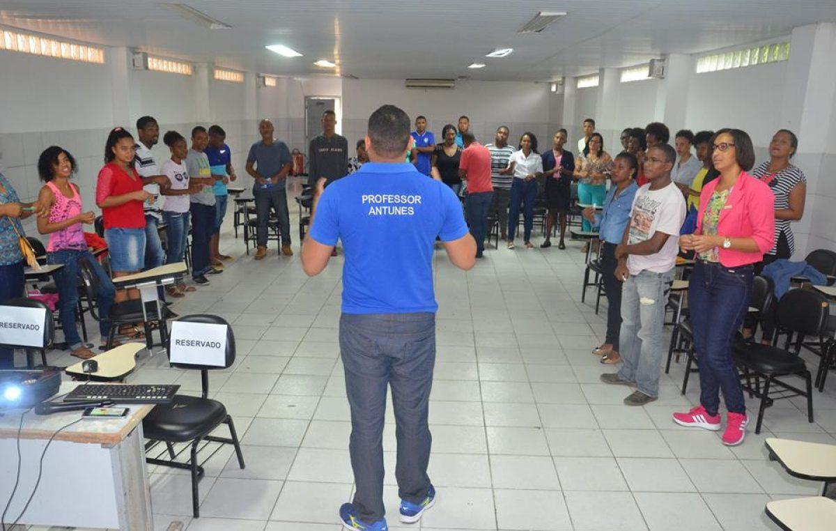 SEDEC realizou Oficina de Orientação para o Mercado de Trabalho no Pré-vestibular