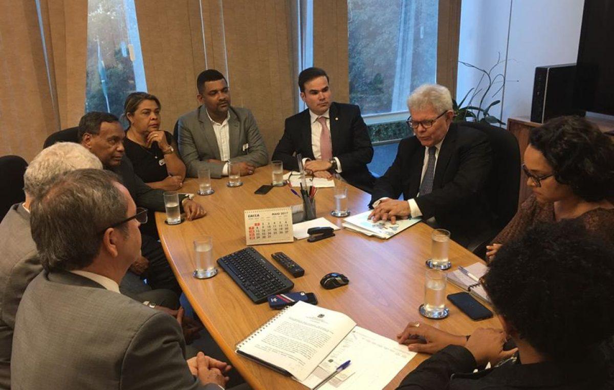 Prefeitura, Unilab e deputados dialogam no MEC sobre importância do curso de Medicina