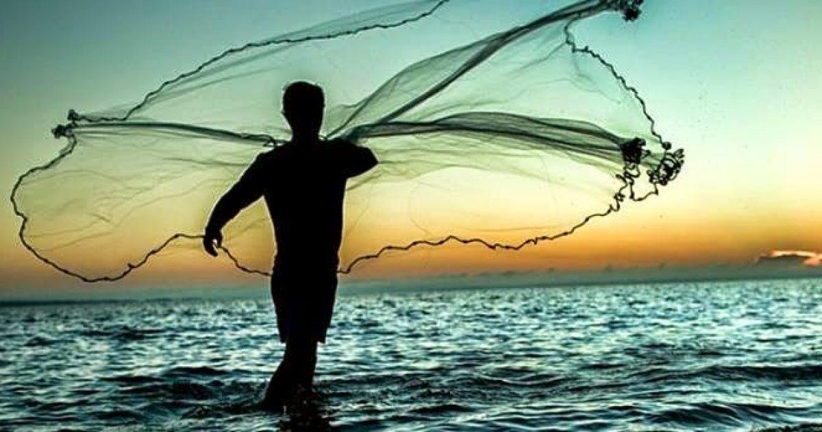 Dia do Pescador, celebrado em 29 de junho, terá Corrida de Canoas e missa