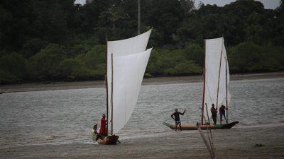 Dia do Pescador é celebrado em São Francisco do Conde com missa, procissão e corrida de canoas