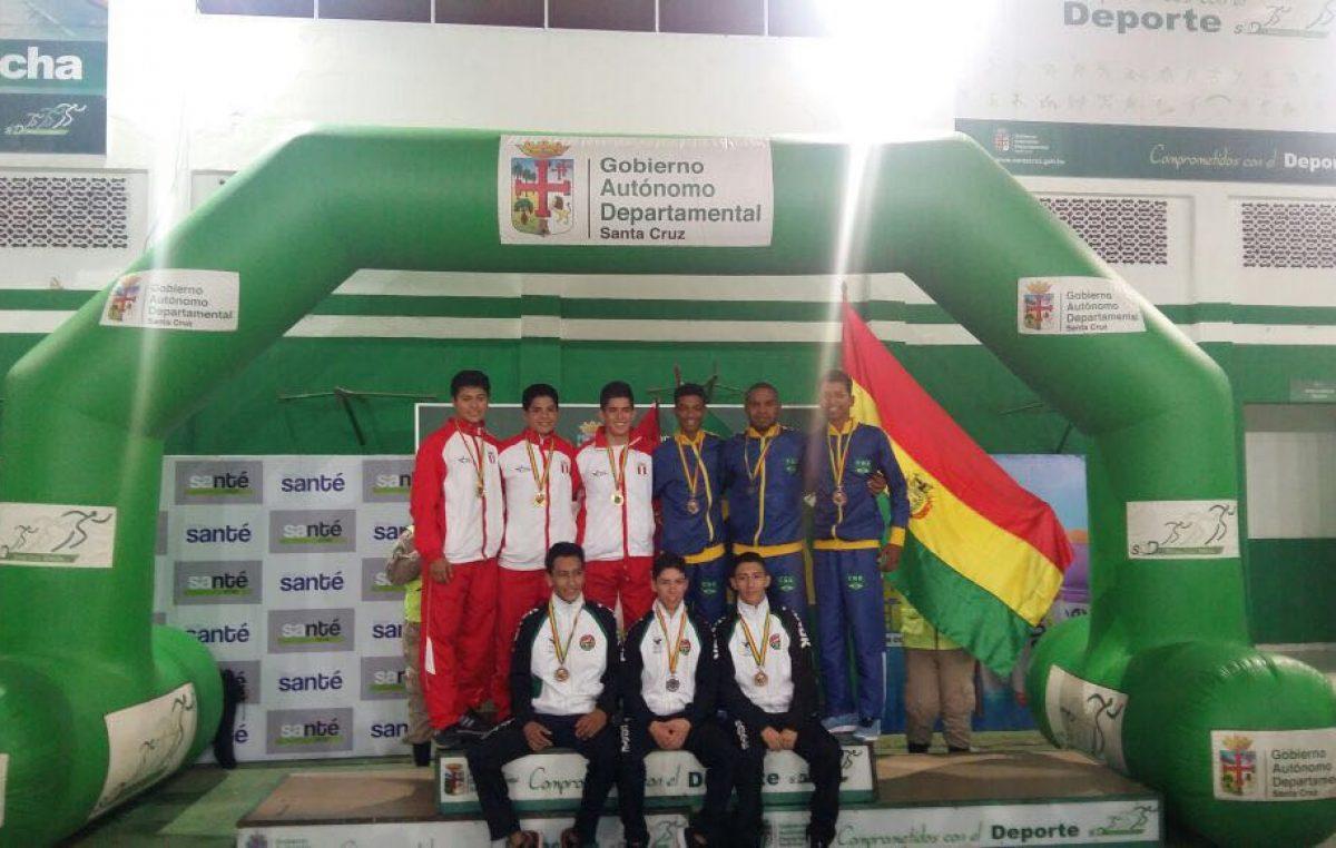 Atletas franciscanos conquistaram 3° lugar do Campeonato Sul-Americano de Karatê