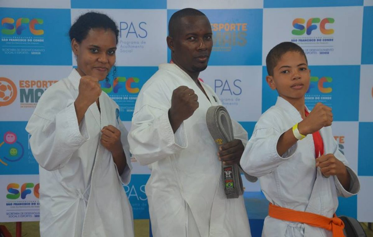 Atletas franciscanos foram destaques no XXII Campeonato de Karatê de Semi-Contato