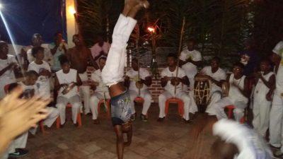Homenagem às crianças da capoeira contou com Roda do Candeeiro