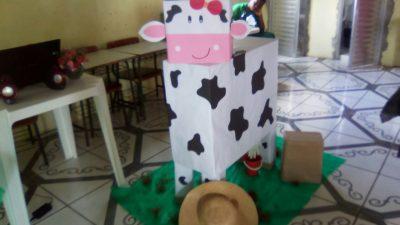 Consumo de leite é estimulado nas creches do município