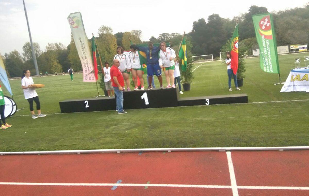 Atleta da APAE, Iomar Barbosa, conquista 03 medalhas de ouro em competição internacional