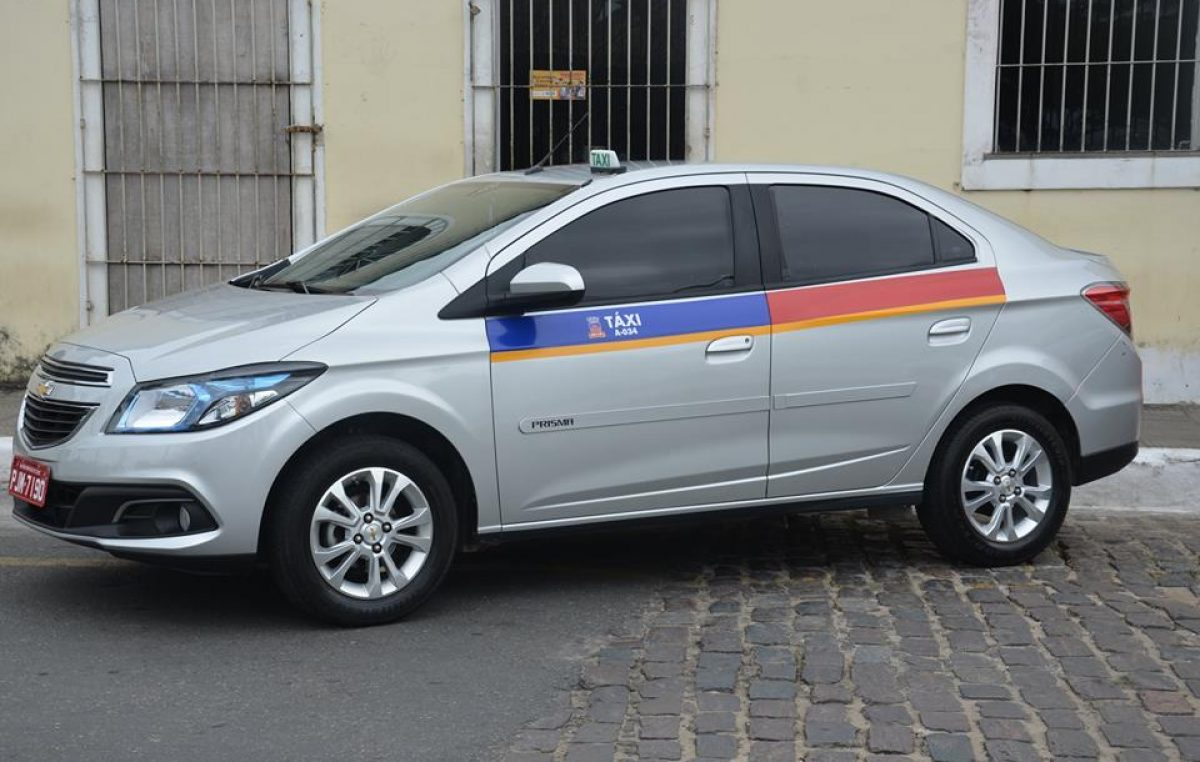 SESCOP realizou cerimônia de entrega de licenças de alvarás de táxi