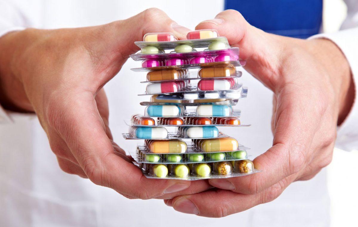 """Saúde promove palestra: """"Procure recomendação de um profissional de saúde habilitado, antes de tomar antibióticos"""""""
