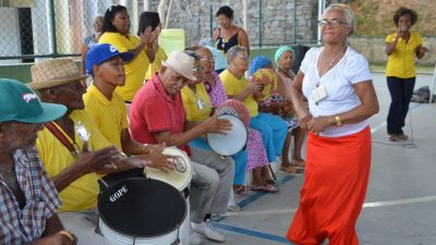 Projeto do Serviço de Convivência e Fortalecimento de Vínculos percorre os bairros de São Francisco do Conde com ações de saúde e lazer para os idosos
