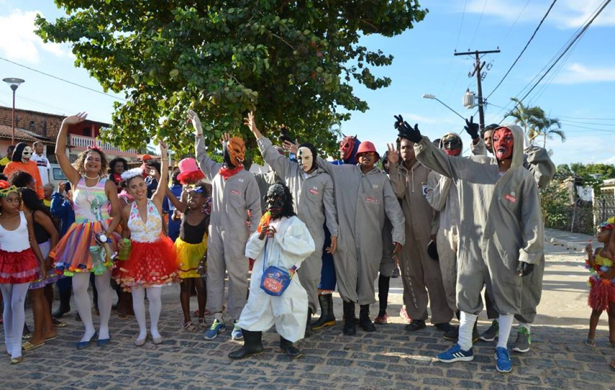 A folia continua! Carnaval Cultural agita o domingo nos Bairros