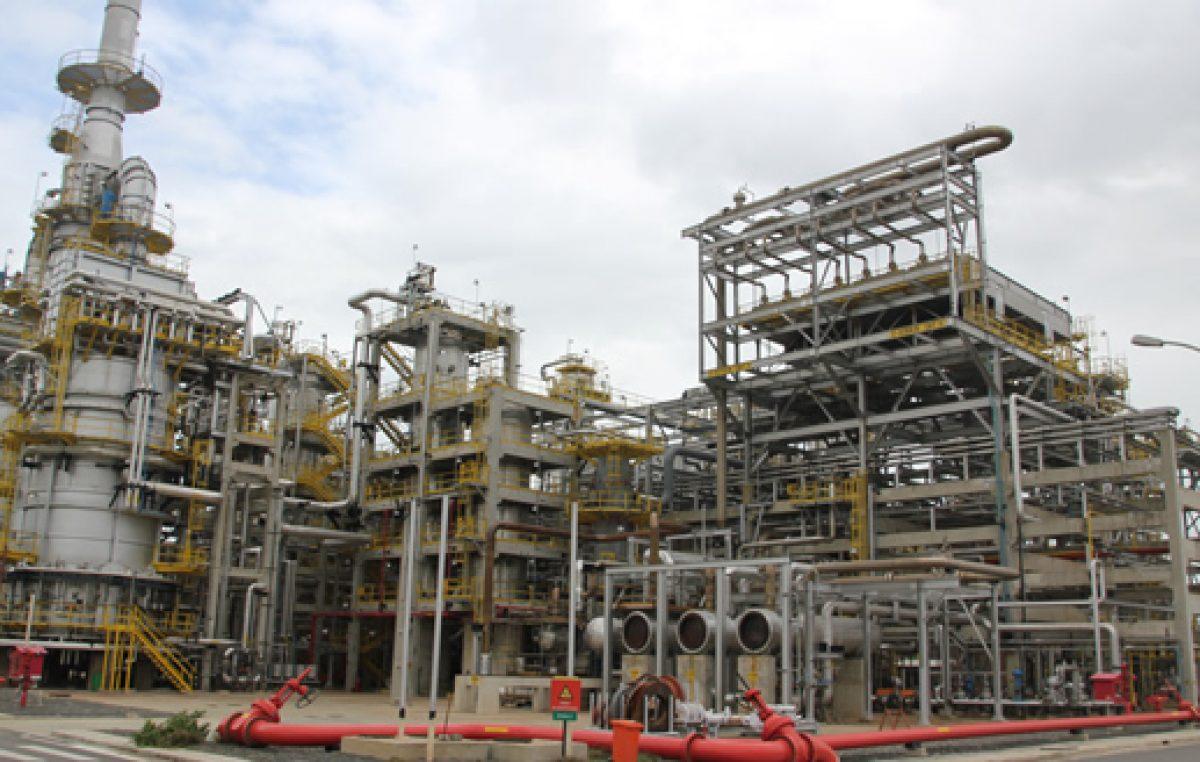 RLAM esclarece sobre parada de produção na Unidade 32