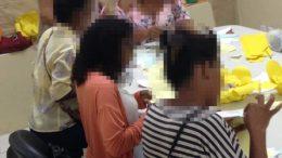 Mulheres vítimas de violência participam de Oficina de Flores de Papel