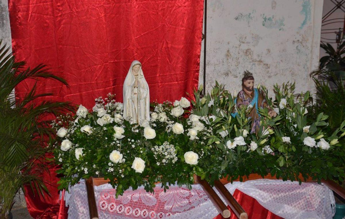 Fiéis renderam homenagens a Nossa Senhora de Fátima no último domingo (13)