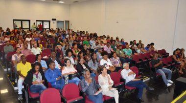 """Lançamento do projeto """"A Escola na Câmara"""" traduziu a abordagem da cidadania"""