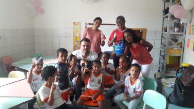 74 alunos de Jabequara das Flores assistiram palestras sobre higiene bucal, alimentação saudável, escabiose e leptospirose