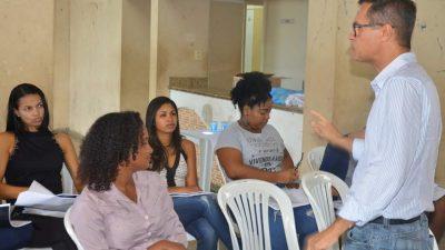 """Projeto SEDEC e Você: Oficina """"Sei Vender"""" promoveu diálogo e qualificação para empreendedores do bairro de Santo Estevão"""