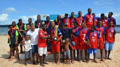 O time da Santa Rita conquistou o título de campeão da II Copa Osmar Machado de Futebol de Areia